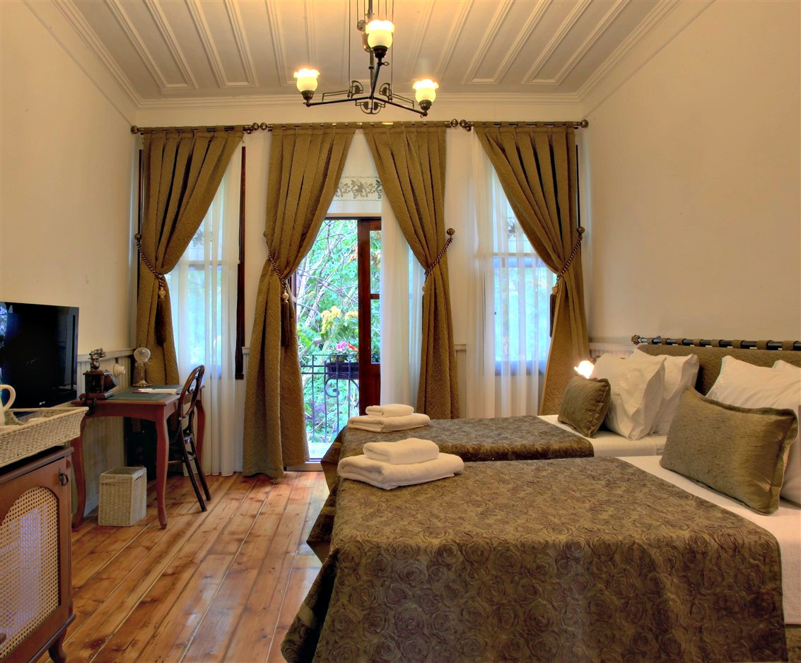 Troya hotels home of istanbul 39 s troya hotels for Educa suites balat hotel